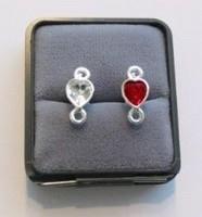 Per paar Luxe metalen oorstekers SPL hartje zonder strass met stoppers