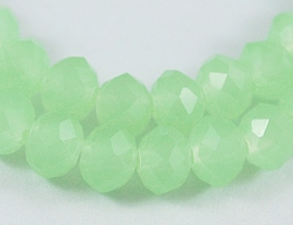 10 x Briolette kraal 8 x 6 mm gat 1,5mm  light opal green