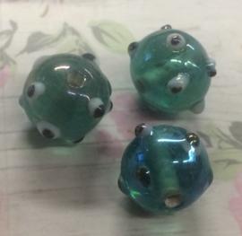 10 Stuks groene met zwarte spikkels glazen kralen 11 mm gat 1 mm