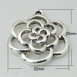 5 x Prachtig tibetaans zilveren bedeltje van een bloem 22 x 25 x3mm gat: 2mm