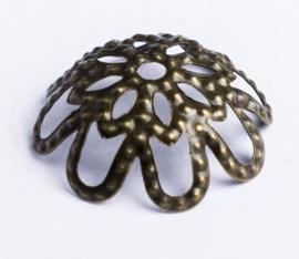 10 x Geelkoperen kralenkapjes; Ø 14 mm x 5 mm, Gat 1,6 mm