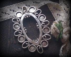 Per stuk metalen zilver kleur hanger/tussenzetsel 40 x 27 mm