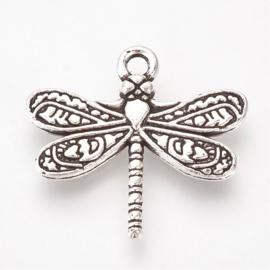 6 x Antiek zilveren metalen bedel Libelle 19 x 21 x 3mm oogje: 2mm
