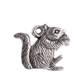 6 x bedel eekhoorn zilver kleur 20 x 16,5 mm oogje: 1,5mm