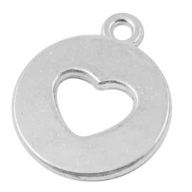 4 x Prachtige Tibetaans zilveren bedel met een hartje 17,5 x 14,5 x 1,5mm Gat: 1,5mm