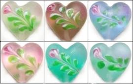10 stuks prachtige handgemaakte glaskralen met hart 16 x 12mm, gat: 2mm