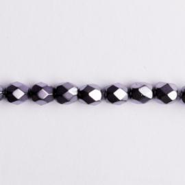 Streng met c.a. 80 stuks ronde Tsjechië facet kristal kraal afm: 6mm Kleur: paars gat c.a.: 1mm