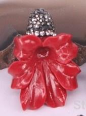1 x Prachtige bloemkelk van Resin met strass 25 x 35mm  gat 1mm rood