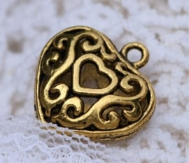 2 x  3D Tibetaans zilveren hart 20 x 19 x 8mm gat: 2mm erg mooi! Goudkleur Bali