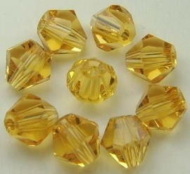 30 x Preciosa Kristal Bicone kraal 4 mm licht bruin