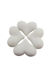 5 x Acryl kraal met hart wit 17 x 22 x 10 mm; Gat 2 mm