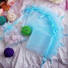 c.a. 50 x Organza zakjes  15 x 20 cm licht blauw