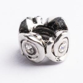 Be Charmed kraal zilver met een rhodium laag (nikkelvrij) c.a. 9 x 6mm groot gat: 4.3mm