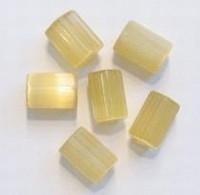10 stuks Glaskraal langwerpig hoekig beige zijdeglans 8 mm