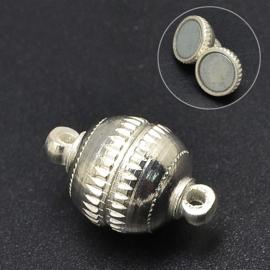 Magneetsluiting 8mm x 13mm gat: 1,8mm  zilverkleur