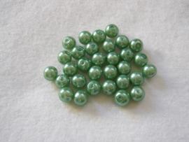 30 x prachtige glasparel 8mm Gat: 1mm kleur:  groen