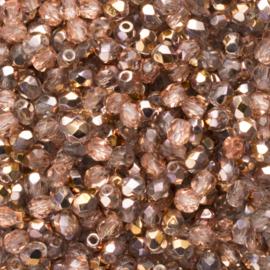 30  x ronde Tsjechië facet kristal kraal afm: 4mm Kleur: ab rosé gat c.a.: 1mm