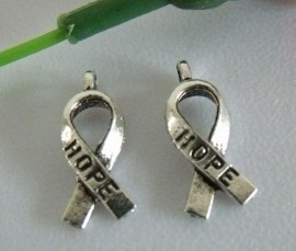 4 x  Hope Bedel 8 x 17mm zilverkleur ♥