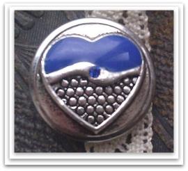 Per stuk Mooie Metalen antiek zilveren drukker met hartmotief met blauwe epoxy en blauwe strass 18 mm