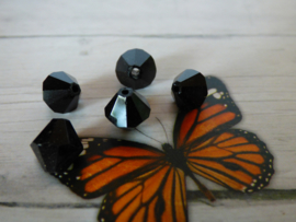10 x Preciosa Kristal Bicone zwart  8,5mm  gat: 1mm