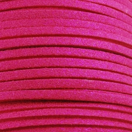Faux suède veter,  donker roze 1 meter x 3mm lichte glans