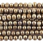 Echte zoetwaterparel c.a. 6~9 mm gat: 1mm Groen, bruin, lever
