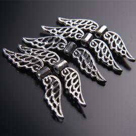 4 x  Tibetaans zilveren Engelen vleugeltje 32 x7 x 1mm Gat: 1mm