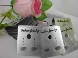 50 plastic kaartjes voor oorbellen 50x37mm zilver
