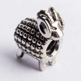 Be Charmed schaap kraal zilver met een rhodium laag (nikkelvrij) c.a.11x 9mm groot gat: 4mm