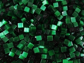 20 stuks Glaskraal kubus cate-eye 4mm zee groen
