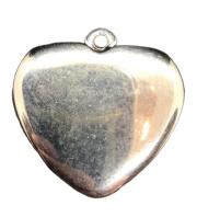 5x Metal look hanger van een hart 23,7 mm x 24,7 mm oogje: 1,5 mm