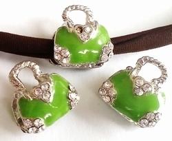 Per stuk European Jewelry kraal metaal tasje groen met strass antiek zilver 15 mm