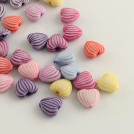 20 stuks mooie acryl hartjes mix pastel 10x11x5mm, gat: 2mm
