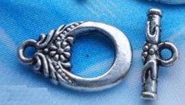 4 x tibetaans Zilveren sluiting met een margrietje  11x17x2mm, 5x14x2mm