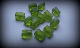Per stuk glaskraal grillig ovaal transparant groen 14 mm