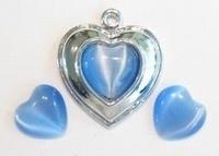 4 x plaksteen glas cate-eye hartje Saffierblauw 12 mm  (excl. houder)