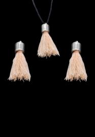 2x Stoffen kwastjes met kapje 30x10mm licht perzik