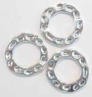 2x Zilverkleurige metalen ring/tussenzetsel bewerkt 22 mm
