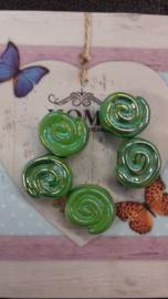 10 stuks gemeleerde glans slakkenhuis Groen 15mm