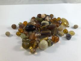 100 gram glaskralenmix in diverse tinten bruin