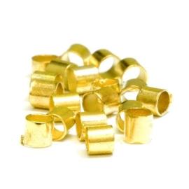 150 stuks goud kleur knijpkralen buismodel 2mm doorsnede 1,5mm