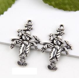 6 x Tibetaans zilveren bedeltje van een vogelverschrikker 23 x 13 x 2 gat: 2mm