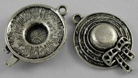 4 x tibetaans zilveren bedeltje van een hoedje 26 x 19 x 5mm Gat: 2mm