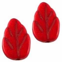 10  x  Keramiek kraal blaadje rood 13 mm