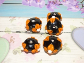 5 x High Quality Glass Hand Made Bead 118 afm. ca. 11 x 16mm