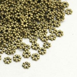 25 stuks tibetaans zilveren kralen tussenzetsels 4mm geel koper kleur  gat: c.a. 2mm