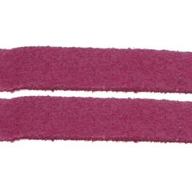 Faux suède veter, donker fuchsia 1 meter x 3mm