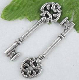 4 x Bedel sleutel 30 x 9 x 2,5mm van Tibetaans Zilver