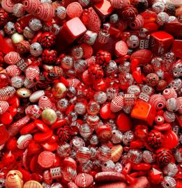 Luxe acryl kralen mix rood (250 gram)  Kies voor pakketpost (op is op)