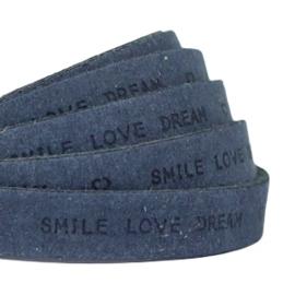 """Per 10 cm Plat 10 mm DQ leer met """"smile love dream"""" print Dark denim blue"""